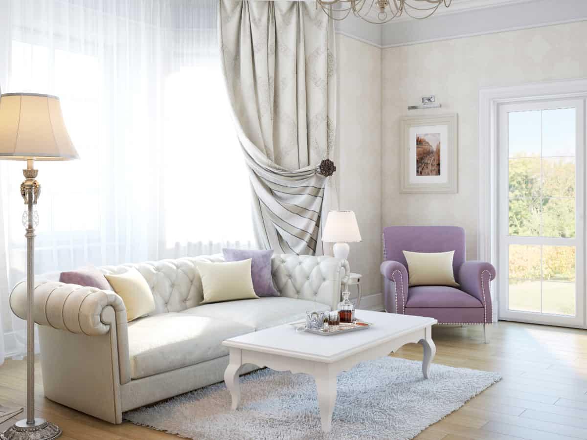 фото интерьера, вид на диван со стороны кухни
